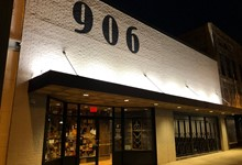 906 Cocktail & Cigar Lounge